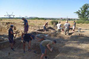 Начало работ на участке северной крепостной стены